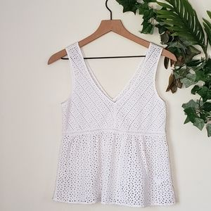 🌸American Eagle Outfitters White Laced Top🌸